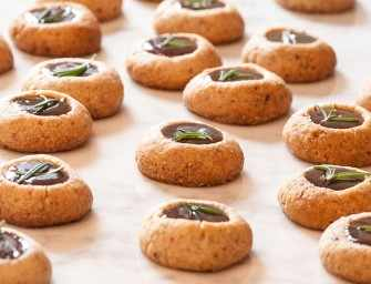 The Finer Cookie: Pecan Polvorones with Muscovdo