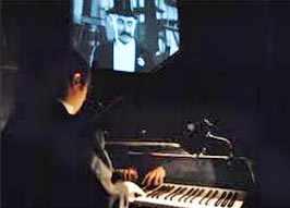 photo: film muet et pianiste accompagnateur