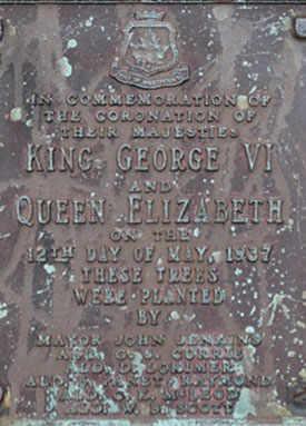 Plaque commémorative installée en 1937, Westmount