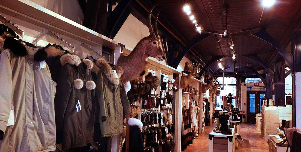 photo intérieur du magasin Bilodeau de Montréal / inside Bilodeau store in Montreal - WestmountMag.ca