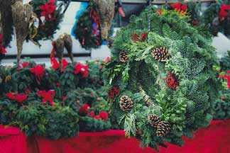 Xmas wreath WestmountMag.ca