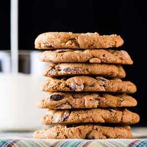 photo: Chocolate Chip Cookie with Orange Bitters