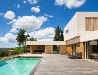 La Maison A, sur les hauteurs <br>d'Aix-en-Provence