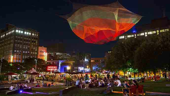 Les Jardins Gamelin, Quartier des spectacles - Photo : Martine Doyon - WestmountMag.ca