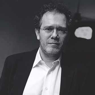 Georges Didi-Huberman, commissaire, Soulèvements : émotions collectives, désordres sociaux et agitations politiques à la Galerie de l'UQAM et à la Cinémathèque québécoise – WestmountMag.ca