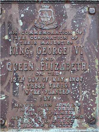 Plaque King-George Park - WestmountMag.ca