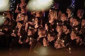 Candlelight Xmas - WestmountMag.ca