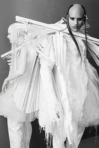 Fecal Matter - 10 créateurs de mode québécois contemporains au Musée des beaux-arts de Montréal – WestmountMag.ca