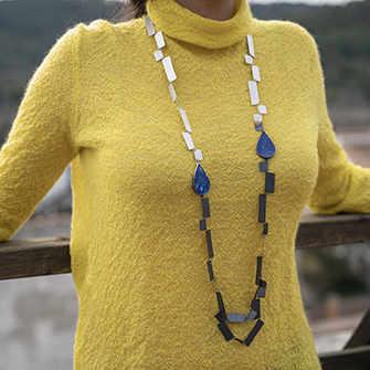 Collier en argent sterling, lapis lazuli Artiste : Grego Garcia Tebar, Espagne