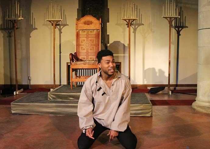 Hamlet Snowglobe Theatre - WestmountMag.ca