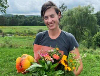 Discover organic gardening <br>with Hannah