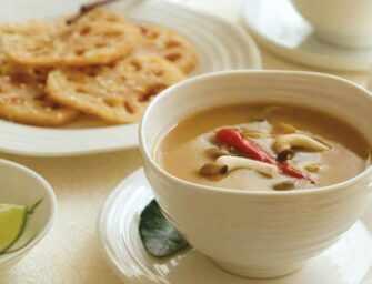 Amour et épices : Soupe <br>thaïlandaise à la citronnelle