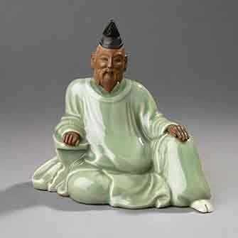 Kinkodō Kamesuke (1765–1837), figure representing the poet Hitomaro, Sanda ware, Hyōgo, Edo period, early 19th c., porcelain with celadon glaze. Royal Ontario Museum, gift of Sir William Van Horne. Photo Credit: Brian Boyle © Royal Ontario Museum.
