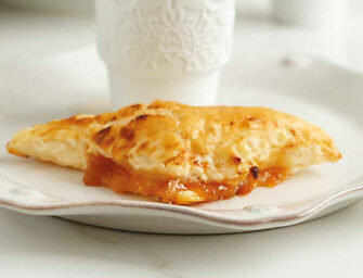 Love and Spices: <br>Mini Apricot Turnovers