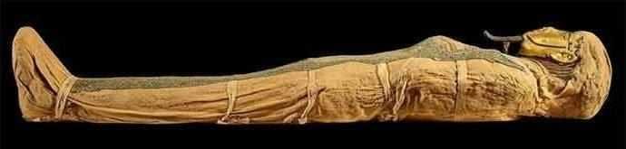Momie d'Irthorru, Basse Époque, 26e dynastie, vers 600 av. J.-C., EA 20745. © The Trustees of the British Museum – WestmountMag.ca
