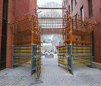 Passages insolites – Le portail – WestmountMag.ca